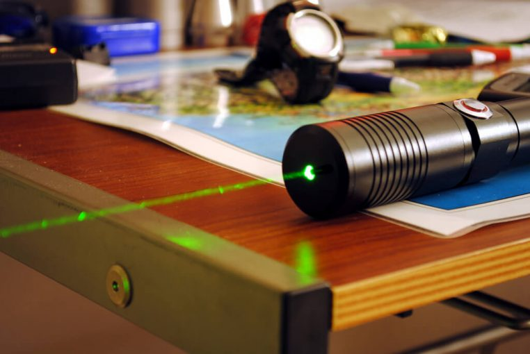 check how to use laser level with a tripod